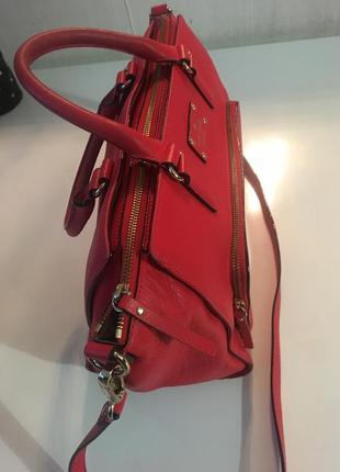 Сурпер классная кожаная сумка ярко-красного цвета