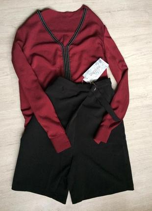 Модная блуза с декорированным вырезом, бордо, 38