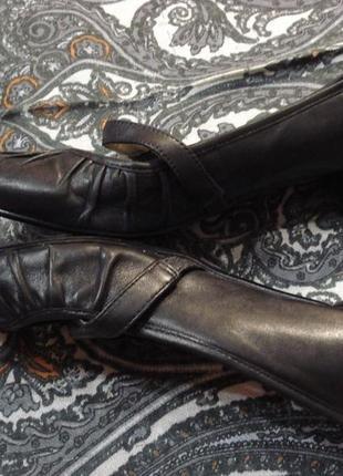 Чудесные кожанные туфли (балетки) 37- 38 р next натуральная кожа4