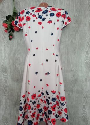Красивое и нарядное платье3