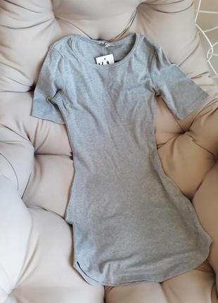 Платье короткое с короткими рукавами серое1