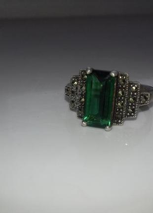 Срібний перстень із смарагдом2