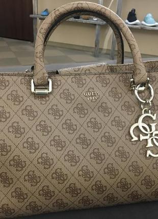 Оригінальна сумка guess1