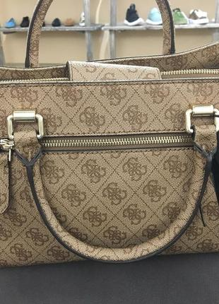 Оригінальна сумка guess2