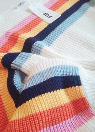 Свитер с разноцветными полосами3