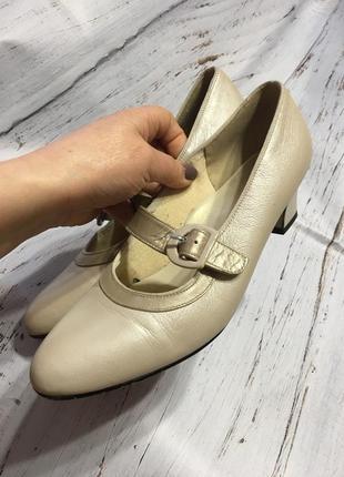 Кожаные туфли guily р 404