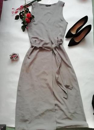 Платье на запах.