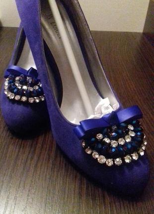 Очень красивые туфли jaon loran
