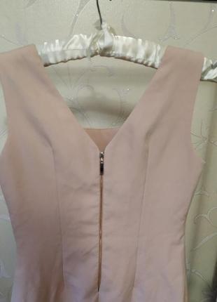 Пудровое платье4