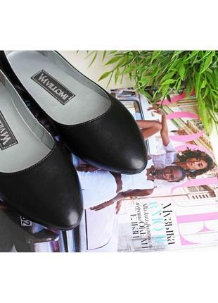 Кожаные балетки черного цвета5 фото