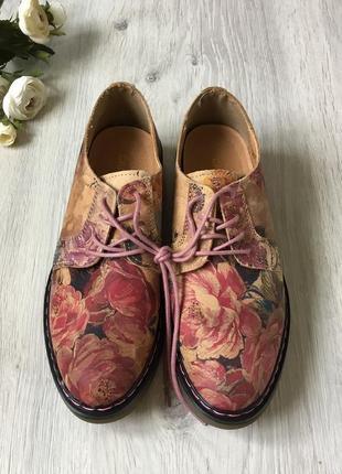 Фирменные кожаные ботинки catwalk, размер 38