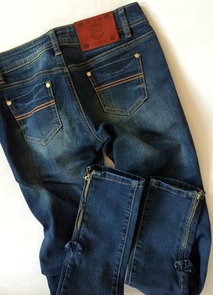 Крутые актуальные джинсы goagleo узкие скинни с замочками2