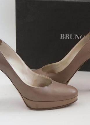 Кожаные туфли (лодочки) на каблуке с танкеткой bruno magli, размер 37
