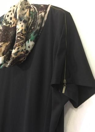 Черное платье с цветным шифоновым воротником4