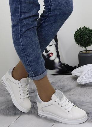 Новые шикарные женские бежевые кроссовки5