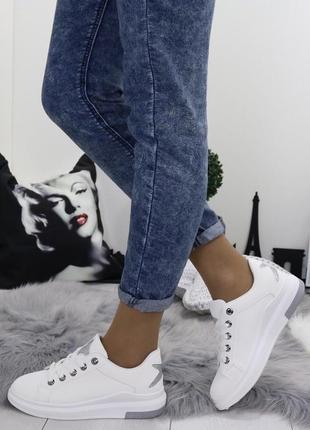 Новые шикарные женские белые кроссовки1