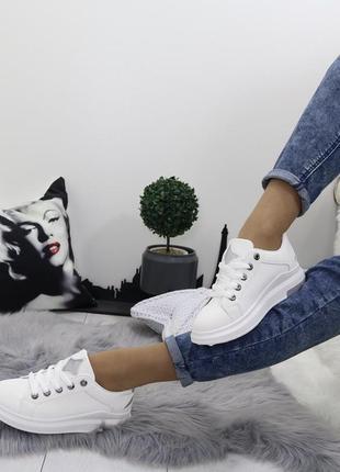 Новые шикарные женские белые кроссовки2