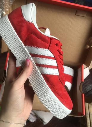 Яркие красные белые кросовки кеды адидас adidas samba4