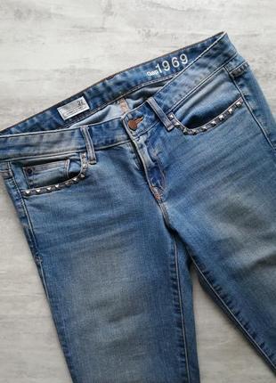 Gap светло синие голубые джинсы с заклёпками6