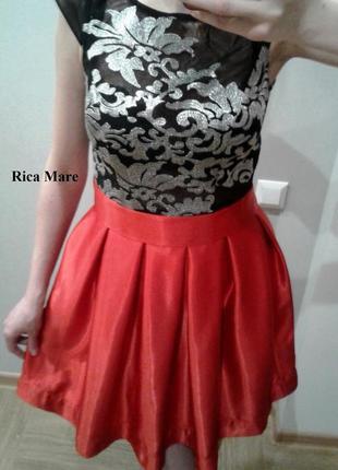 Вечернее платье c красной юбкой и прозрачной сеткой бренд rica mare3