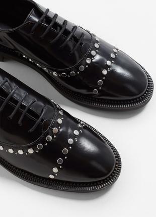 Туфли лаковые кожаные лоферы слипоны