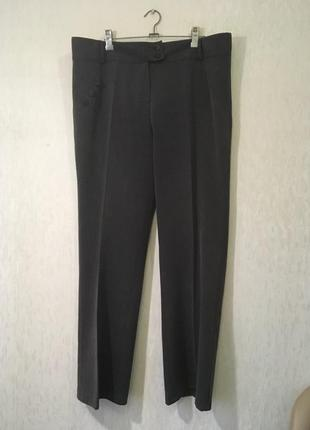Универсальные стильные брюки 58 размера