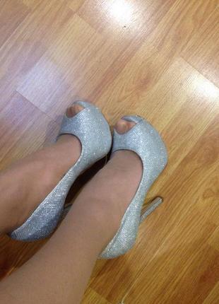 Шикарніе серебряные туфли от new look9