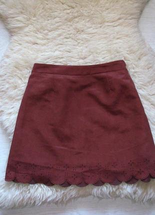 Стильная юбка с перфорацией от h&m
