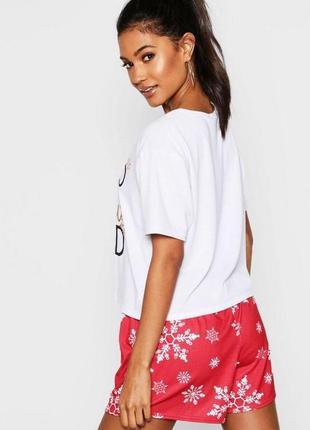 Boohoo. товар из англии. комфортная пижама с блестящим принтом. на наш размер 444