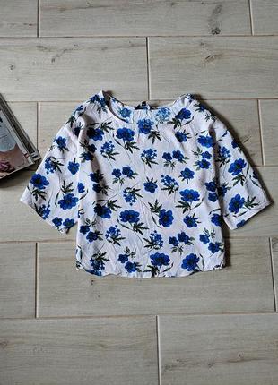 Стильная укороченная футболка блуза кроп топ в цветочный принт свободного кроя m l
