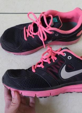 Nike 40/6р кроссовки 25.3см1
