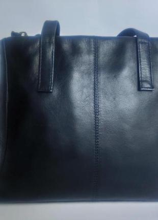Отличная кожаная сумочка jobis1