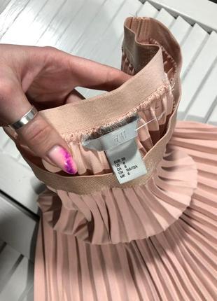 🌿 пудровая, плиссированная юбка с закругленным низом от h&m8