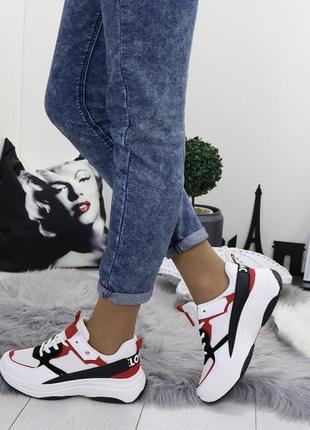 Новые шикарные женские кроссовки1