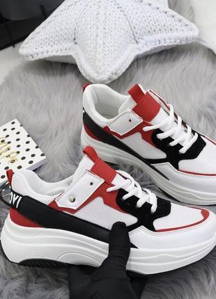 Новые шикарные женские кроссовки6