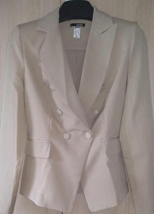 Женский деловой брючный костюм с двубортным пиджаком и зауженными брюками(4 цвета:xs,s,m)6