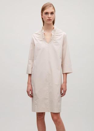 Легкое минималистичное платье от элитного бренда cos1