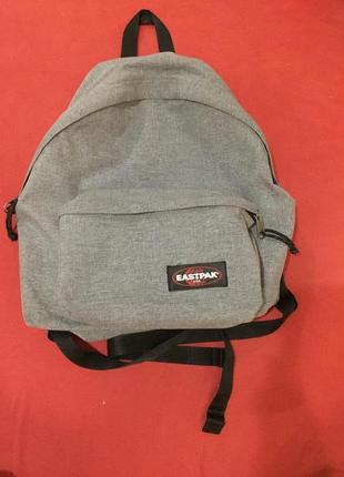 Фірмовий рюкзак