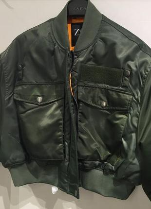 Укорочённый бомбер хаки zara куртка, размер s-m5 фото