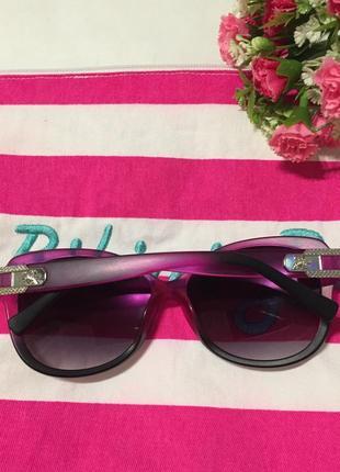 Солнцезащитные очки с розовым ободком6