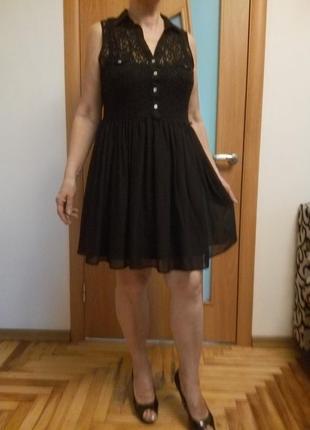 Стильное комбинированное гипюром платье1