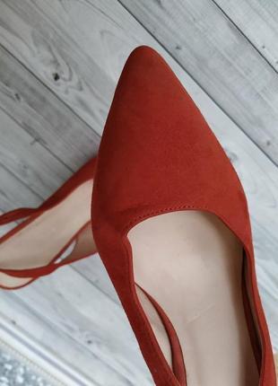 35-36р замша,кожа!новые minelli,красные босоножки,туфли с острым носком3