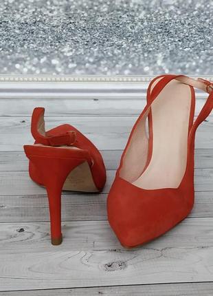 35-36р замша,кожа!новые minelli,красные босоножки,туфли с острым носком4