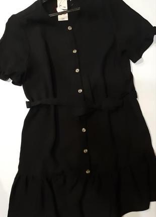 Милое актуалтрое черное платьеце на пуговках  р. 16 l-xl4
