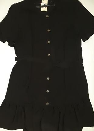 Милое актуалтрое черное платьеце на пуговках  р. 16 l-xl5
