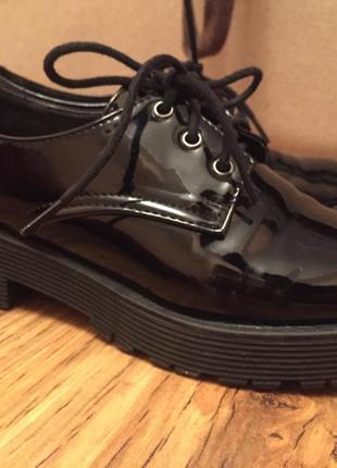 Лакированные туфли-ботинки 37 размер1