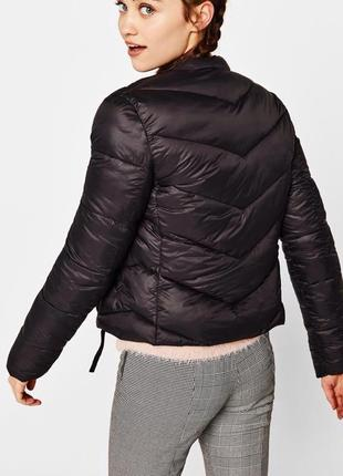 Базова курточка бренда bershka5