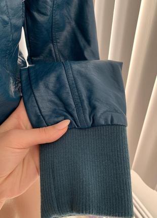 Кожанка бомбер куртка очень глубокого сине-зелёного цвета из экокожи сша с м3