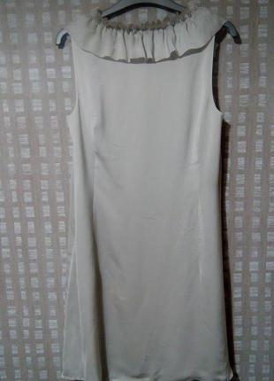 Легкое коктейльное платье серо-бежевого цвета s.oliver3