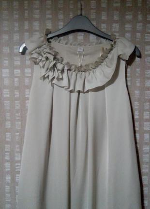 Легкое коктейльное платье серо-бежевого цвета s.oliver4